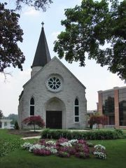 799092_iwu_chapel_entrance